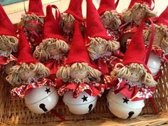 1 million+ Stunning Free Images to Use Anywhere Christmas Gnome, Christmas Makes, Christmas Bells, Christmas Projects, Winter Christmas, Recycled Christmas Decorations, Diy Christmas Ornaments, Felt Ornaments, Christmas Wreaths