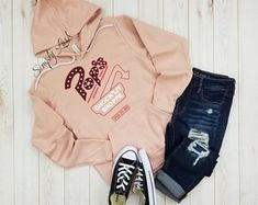 Check out our riverdale selection for the very best in unique or custom, handmade pieces from our shops. Teen Fashion Outfits, Trendy Outfits, Cute Outfits, Girly Outfits, Fall Fashion, Vintage Glam, Riverdale Merch, Riverdale Fashion, Indie