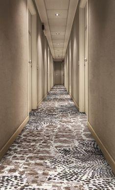 Modern Home Corridor Design That Inspire You – Carpet 2020 Wall Carpet, Diy Carpet, Carpet Flooring, Modern Carpet, Rugs On Carpet, Carpet Ideas, Cheap Carpet, Stair Carpet, Hallway Carpet