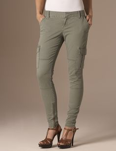 Skinny cargo pants, Women's pants and Pants on Pinterest