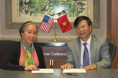 New Agreement Signed with Vietnamese Academy of Social Sciences - See more at: http://acls.org/news/10-07-2013/#sthash.vOLKyocr.dpuf