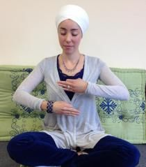 Eggbeater to Recharge Yourself | 3HO Kundalini Yoga - A Healthy, Happy, Holy Way of Life