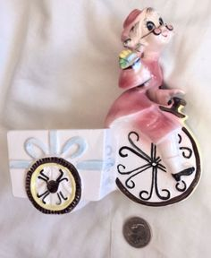 Vintage-Ceramic-Vase-Card-Holder-Grandma-Riding-Bicycle-with-Cart-Marking