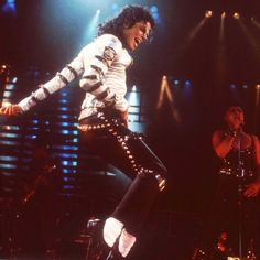"""Michael Jackson's 1988 Performance - In sharp contrast to the 1984 awards show in which Michael Jackson took home a record-breaking eight statuettes, he was defeated in every category for which he was nominated in 1988. Few save Jackson likely remembered the night for those upsets, however, as he gave an unforgettable performance that overshadowed just about every other element of the night's programming. Watch his performance of """"The Way You Make Me Feel/Man In The Mirror"""" here."""