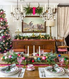 Far Above Rubies: Christmas dining room and kitchen pics that didn't make the magazine Christmas Dining Table, Christmas Table Settings, Christmas Tablescapes, Christmas Kitchen, Christmas Home, Christmas Holidays, Christmas Decorations, Holiday Decor, Xmas