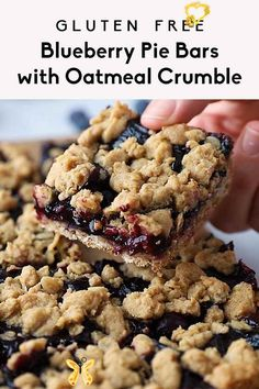 Incredible Gluten Free Blueberry Pie Bars with Oatmeal Crumble  <br> Perfectly sweet healthy blueberry pie bars topped with a delicious oat crumble. These easy vegan and gluten free blueberry bars taste just like blueberry pie and will be your new favorite treat for spring and summer! Desserts Keto, Healthy Dessert Recipes, Healthy Sweets, Healthy Baking, Easy Desserts, Heart Healthy Desserts, Health Desserts, Healthy Sweet Snacks, Desserts With Oats