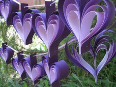 DOS guirnaldas de corazones púrpura. 10 por TreeTownPaper en Etsy