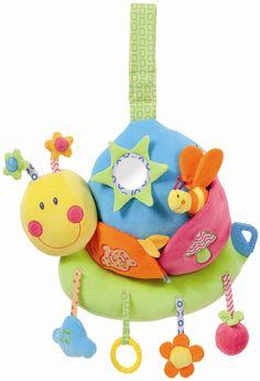 Door met speelgoed dat geluid maakt te spelen daag je een baby uit door te gaan met wat hij/zij doet