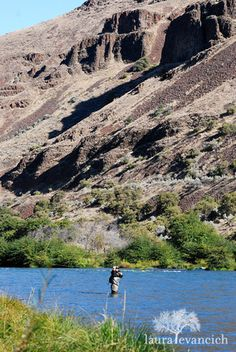 flyfishing on the Deschutes