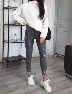 Great every day style and casual outfit Moda Fashion, Girl Fashion, Fashion Outfits, Womens Fashion, Fashion Mode, Mode Outfits, Casual Outfits, Look Girl, Elegantes Outfit