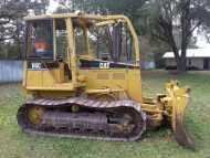 1997 #CATERPILLAR #D5G #Engine TRONG, FINAL DRIVES GOOD, #TRANSMISSION GOOD, 75% UC, 6 WAY #BLADE GOOD, HAS SWEEPS & #CLEARING SCREENS ON CAB, CLEAN, READY FOR WORK