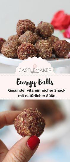 Die leckeren Energiekugeln benötigen nur wenige Zutaten, sind lecker, gesund und frei von Industriezucker. Wie es geht, jetzt auf meinem Blog. werbung  #energiekugeln #energyballs #gesund #snack #ohnezucker