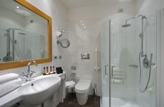 bright and spacius bathrooms #rooms #bathroom #standardroom #shower