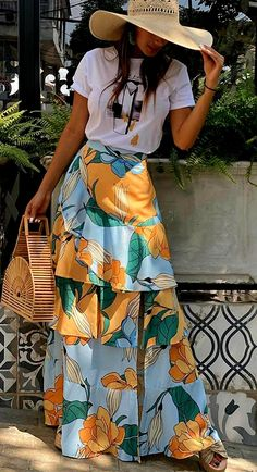 African Print Fashion, African Fashion Dresses, Look Fashion, Fashion Outfits, Fashion Design, Mode Wax, Long Skirt Fashion, Casual Dresses, Casual Outfits