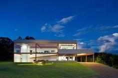 Modern House Design : Casa das Gerais by Denise Macedo Arquitetos Associados