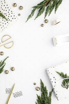Styled stock photography images featuring gold and white holiday decor & gift wrapping accessories. Stock images for creative business owners and photographers.