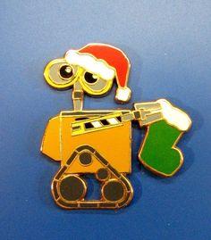 Disney Wall-E Holiday 2008 Santa DSF WALL-E with Stocking LE 300 Pin