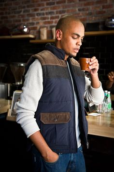 Show winter who is boss with the Mens Sleeveless Puffer jacket from Old Khaki.
