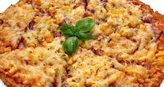 Túró alapú fitt pizza recept: Ez a túró alapú fitt pizza recept elsősorban a diétázók számára jelenthet jó megoldást, ha már unalmasak a megszokott fogyókúrás fogások. Én mindig szívesen eszem, mert nem csak nagyon finom, de egy pár szeletet tényleg lelkiismeret-furdalás nélkül meg lehet enni. Bármilyen feltéttel fogyaszthatjuk, mint az igazi pizzát, de természetesen ne számítsunk egy olasz pizzatésztára. Egy próbát mindenképpen megér, ha vigyázni akarunk a vonalainkra. :) Diet Recipes, Cooking Recipes, Healthy Recipes, Winter Food, Italian Recipes, Macaroni And Cheese, Clean Eating, Food And Drink, Yummy Food