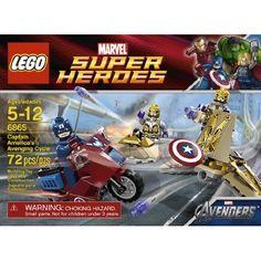 ¿Qué tal este LEGO Captain America?  Puedes comprarlo en Amazon y traerlo por Flybox