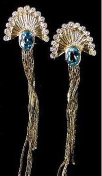 Le Mer (The Sea) jewellery set of ring and earrings (pictured) by Erte (Romain de Tirtoff)