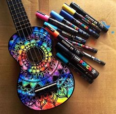 Ukulele and guitar decoration. Guitar Decorations, Painted Ukulele, Painted Guitars, Ukulele Design, Ukulele Art, Banjo, Guitar Diy, Guitar Hero, Guitar Crafts