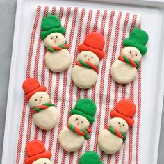 Snowmen Butter Cookies Christmas Desserts, Christmas Treats, Christmas Baking, Christmas Cookies, Christmas Recipes, Thanksgiving Cookies, Xmas Food, Christmas Foods, Thanksgiving 2020