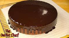 ONE POT CHEF COOKBOOKS ON iTUNES BOOKSTORE: http://itunes.apple.com/au/artist/david-chilcott/id478668534?mt=11 10 Minute Microwave Chocolate Fudge Cake is a ...