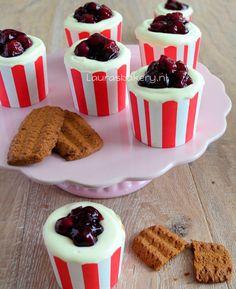 MonChou cupcakes - Laura's Bakery