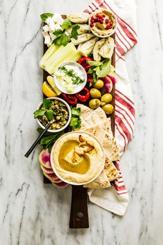#Mezze Platter for Two and #RoastedGarlic #Hummus