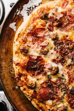 http://www.swagscent.com/ the ultimate meat lovers pizza - www.iamafoodblog.com