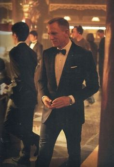 Want the James Bond look for your wedding? click here http://www.mytuxedo.co.uk/the-ultimate-secret-agent-package-tuxedo-shirt-bow-tie-free-cinema-ticket #DanielCraig #blacktie #tuxedo #groom