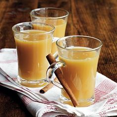 Warming drinks for fall that you can make in a slow-cooker.  I'm tryig the Spiced Caramel Apple Cider first!