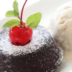 Lava Cakes - Or as they're known down under - Self saucing chocolate puddings Self Saucing Chocolate Pudding, Chocolate Pudding Desserts, Celebration Chocolate, Lava Cakes, Toolbox, Puddings, Chefs, Recipe Ideas, Cupcake