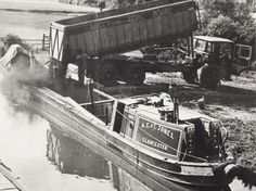 BW192-3-2-2-1-7 Canal Barge, Canal Boat, Narrowboat, Historical Images, Long Distance, Great Britain, Old Photos, Sailing, England