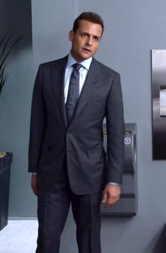 Harvey Specter in Suits S05E02