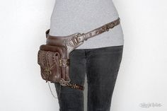 Blaster 3.0 Brown Leather Hip and Holster Bag by JungleTribe
