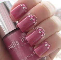 Unhas pink com aplicação de cristais! *-*