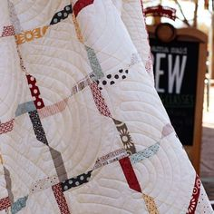 love this quilt and quilting