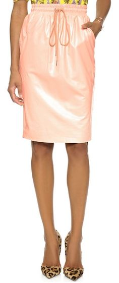 pocketed faux leather skirt http://rstyle.me/n/nbwbzr9te
