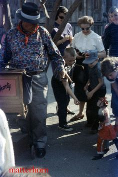 I always loved the Market Street area of  Knott's Berry Farm as a kid. Street. That's Shorty the Rhesus monkey. He would snatch your pennies from your outstretched hand and tip his cap, then put them in a bag on the side of the organ.
