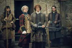 New Stills from Outlander Episode 2×10 'Prestonpans' See more after the jump