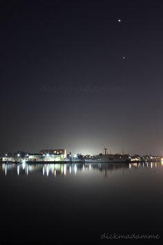 Wilhelmshaven bei Nacht  (my town at night)