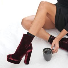Woke up #SanteWorld #SanteFW1617 Available in stores & online (SKU-94411): www.santeshoes.com Dress To Impress, Fall Winter, Style Inspiration, Shoe Bag, Heels, Boots, Drink, Closet, Outfits