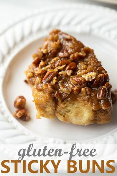 Easy, gluten-free yeast rolls covered in a decadent caramel sauce and pecans. Perfect for Christmas breakfast, Easter or anytime of year! Gluten Free Christmas Recipes, Best Gluten Free Recipes, Gluten Free Sweets, Gluten Free Baking, Gf Recipes, Holiday Recipes, Cookies Sans Gluten, Dessert Sans Gluten, Gluten Free Yeast Rolls