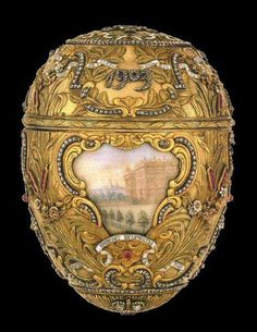 Peter the Great Easter Egg - 1903 - by Fabergé - Given by Tsar Nicholas II to the Tsaritsa Alexandra. Every Easter (except 1904 and when Russia was at war with Japan) he gave a Faberge Egg to her and to his mother, the Dowager Empress Maria Feodorovna. Art Nouveau, Art Deco, Art D'oeuf, Tsar Nicolas Ii, Fabrege Eggs, Faberge Jewelry, Alexandra Feodorovna, Peter The Great, Saint Petersburg