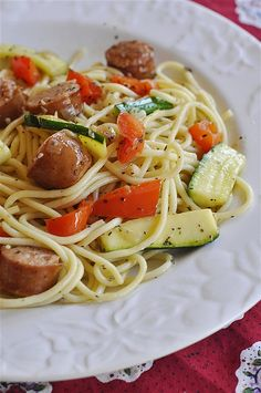 Pasta Pasta by yourhomebasedmom, Lite pasta sausage dinner w/Zucchini, Tomatoes and Spaghetti Squash.Pasta by yourhomebasedmom, Lite pasta sausage dinner w/Zucchini, Tomatoes and Spaghetti Squash. Healthy Pasta Recipes, Healthy Pastas, Cooking Recipes, Healthy Zucchini, Skillet Recipes, Fast Recipes, Healthy Dinners, Weeknight Meals, Quick Meals