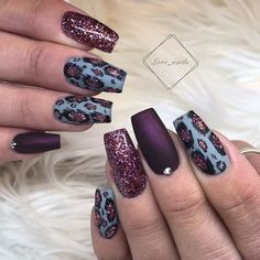 42 Chic Acrylic Coffin Nails Art Designs And Ideas In 2020 We believe that good nail art will make you beautiful and confident. We hope you love our carefully assembled 42 chic coffin nails ideas and are ready to experiment with your coffin nails ideas. Fancy Nails, Cute Nails, Pretty Nails, Diy Nails, Fall Nail Designs, Cute Nail Designs, Plaid Nail Designs, Leopard Nail Designs, November Nails