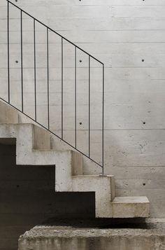 inspiratiebeeld trap betonlookdesign.nl #stoeretrap #betonlooktrap #beton,trap