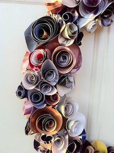 Recycled Magazine Wreath | FlowerBlue